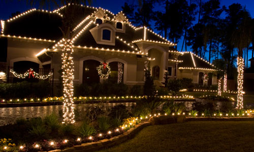 Top Tasteful Outdoor Christmas Decoration amp Safety Tips