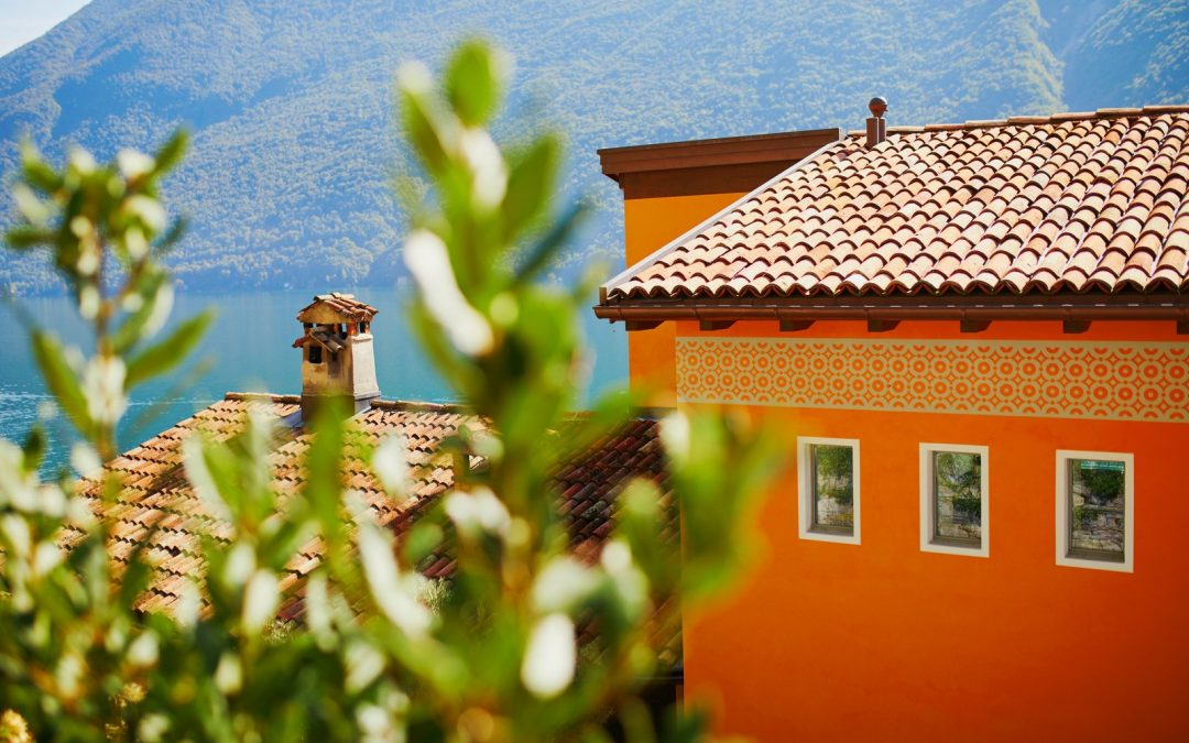 5 Roof Maintenance Tips in Brisbane During Autumn